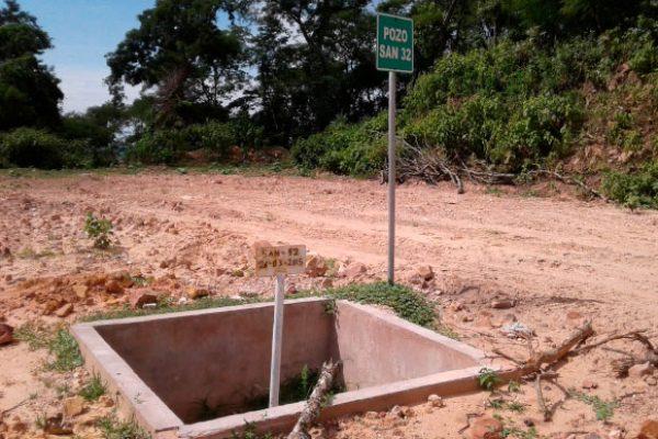 Es uno de los pozos desde los que durante décadas manó crudo residual que afectó a vertientes de agua y al aire en Sanandita